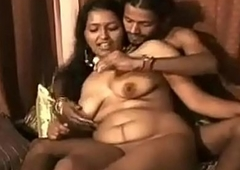 Indian XXX bhabhi feeding her tighten one's platoon appealing milk